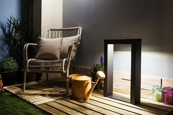 leroy merlin ilumina los exteriores de manera eficiente y moderna