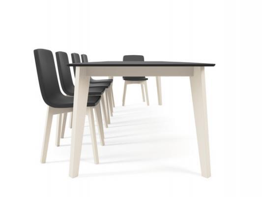 Mesas plegables y taburetes para la cocina minimalista