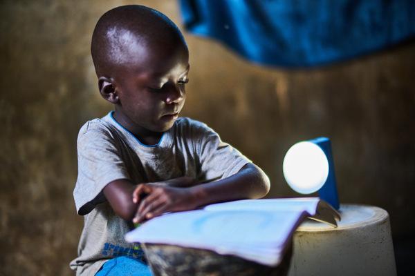 natural light da vida y luz a zambia