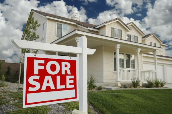el precio de los pisos de los bancos baja un 30 desde 2012