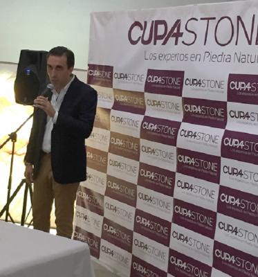 ms de 150 profesionales celebran el 1 aniversario de cupa stone santiago