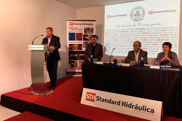 standard hidrulica celebra el acto conmemorativo de su 40 aniversario