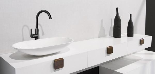 tacco minimalismo de madera