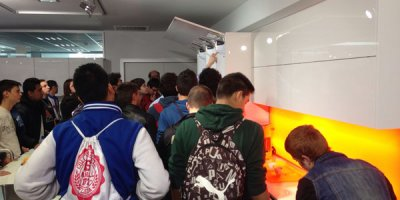 tecnomak recibe la visita de medio centenar de alumnos de l