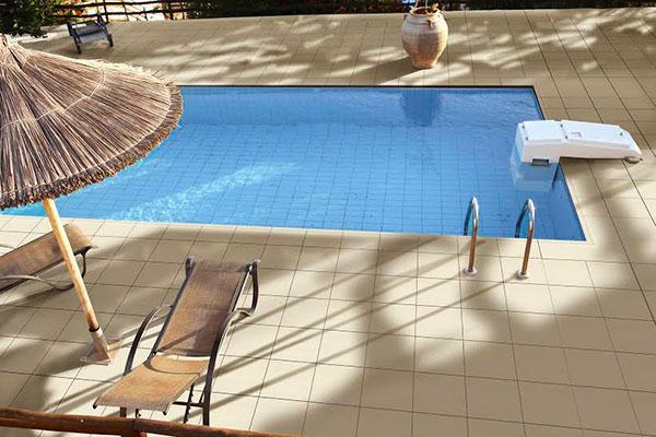 venatto cancn una pieza antideslizante especialmente indicada para pavimentar la piscina